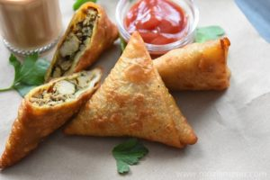 Chicken-Keema-Samosa